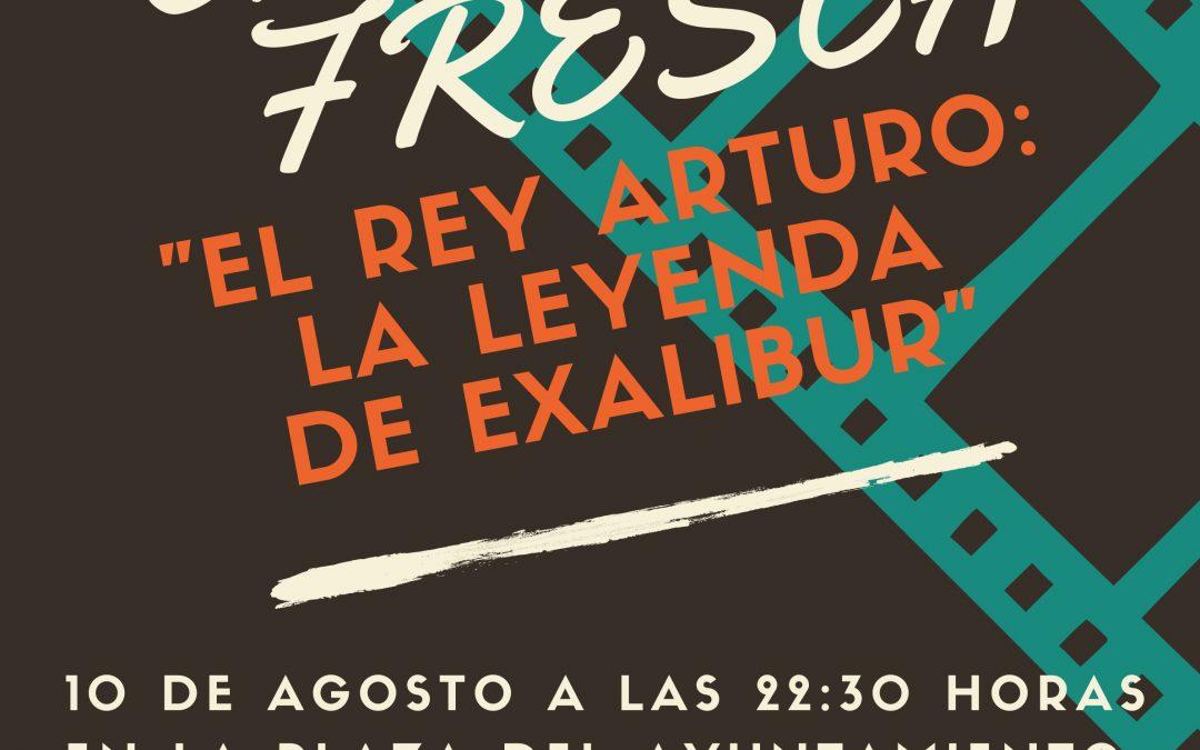 CINE A LA FRESCA «EL REY ARTURO: LA LEYENDA DE EXALIBUR»